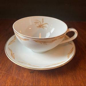 Tea cup and plate Harvest